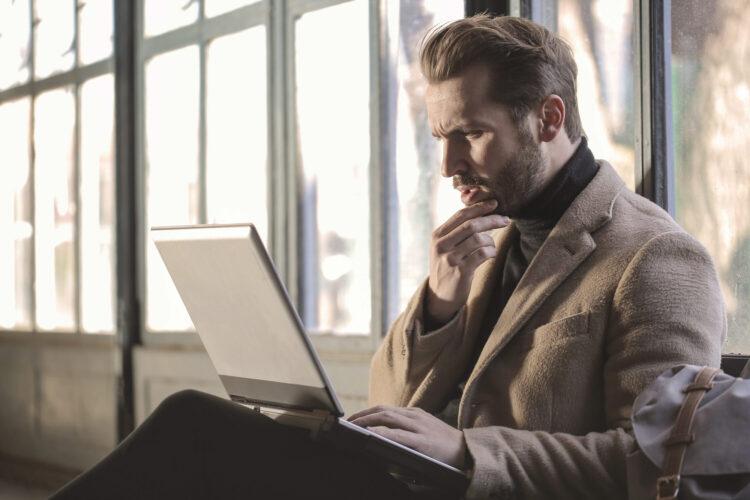 recruiter using laptop